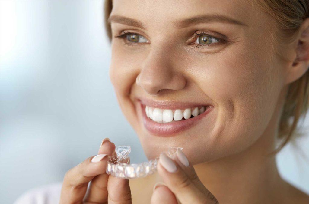 Dienstleistung Zahnschienen Nachtschiene Sportschutzschiene